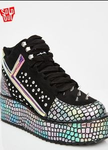 YRU Lo Qozmo Hologram Sneakers